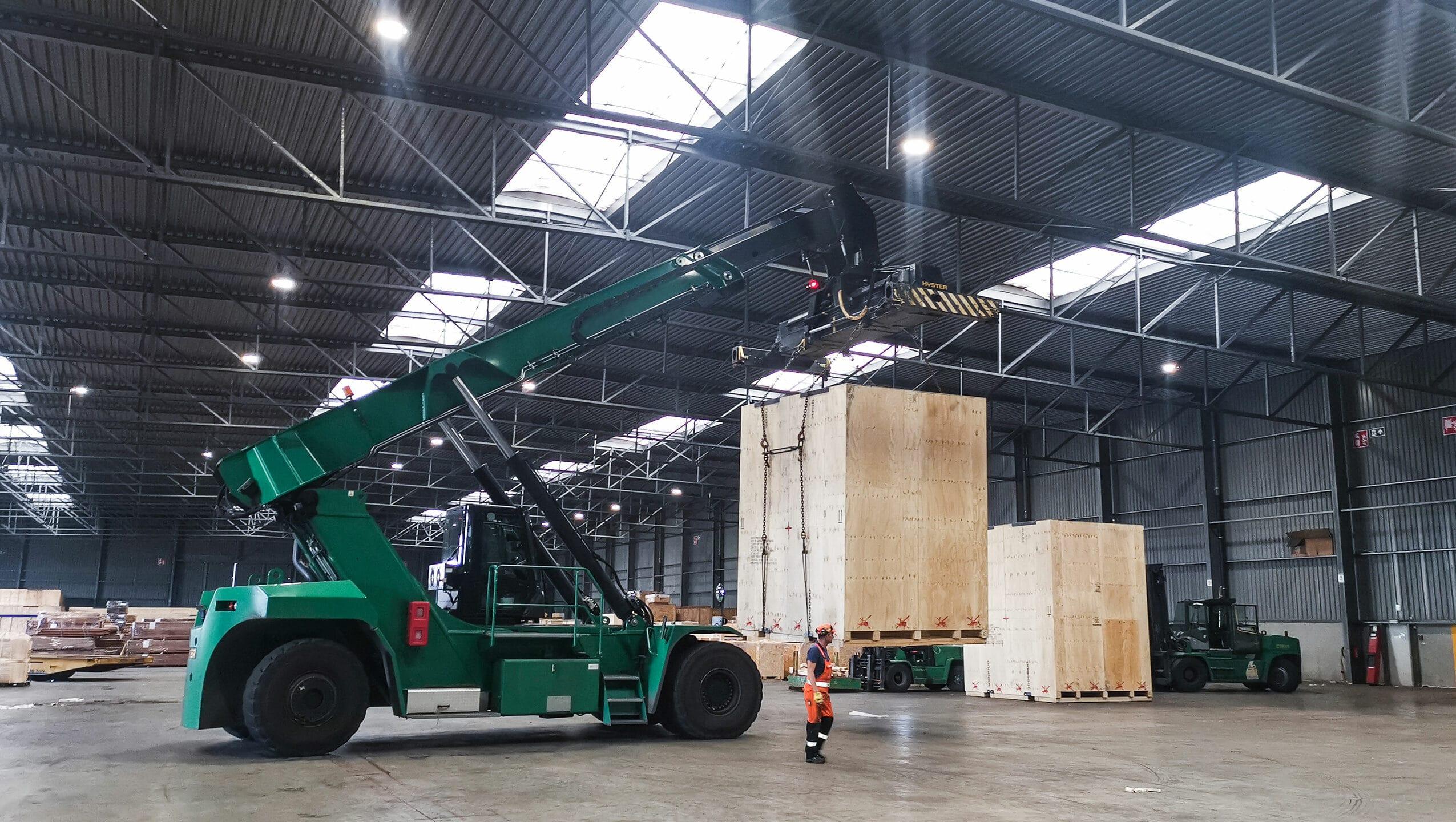 Antwerpen: duisport packing logistics GmbH