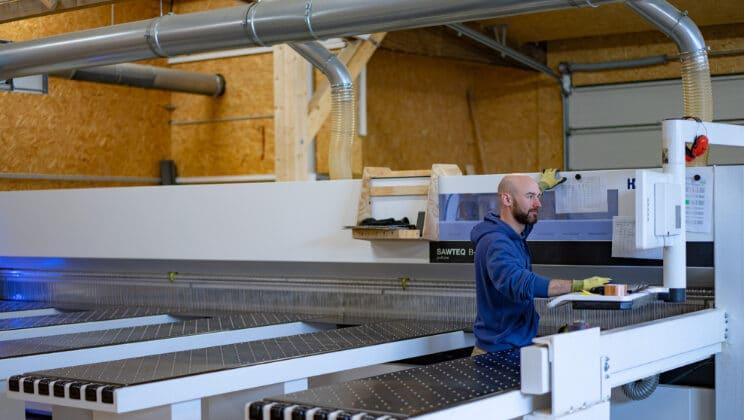 Sinzing: Holz Weinzierl Fertigungen GmbH & Co. KG II